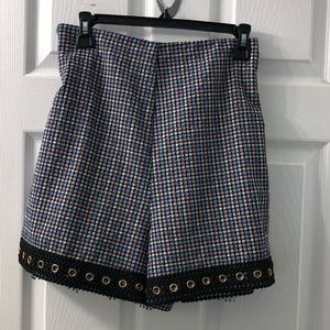 MISA short with elastic back